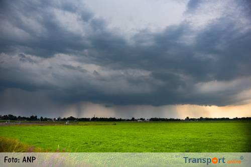 KNMI waarschuwt voor regen en onweer