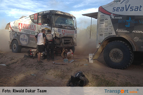 Gert Huzink uit de Dakar door afgebroken voorwiel