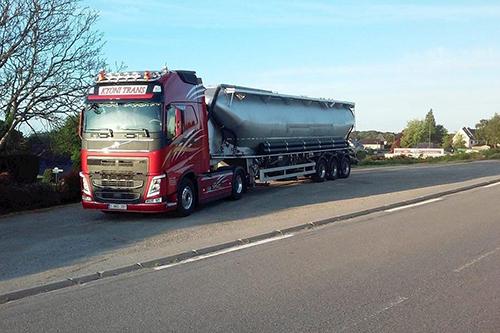 Kyoni Trans bestendigt groei met vijf nieuwe Volvo Trucks