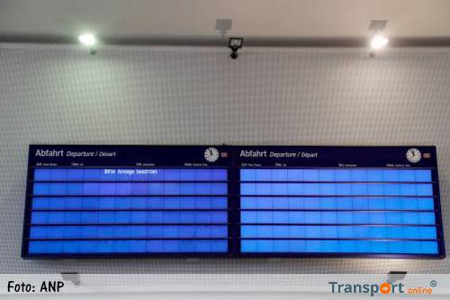 Duitse spoorwegen lamgelegd door storm