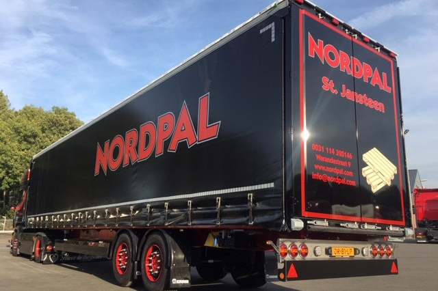 Nordpal Pallets kiest voor twee Wezenberg Krone trailers