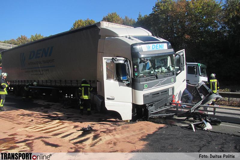 Vrachtwagenchauffeur om het leven gekomen op Duitse A61 [+foto]