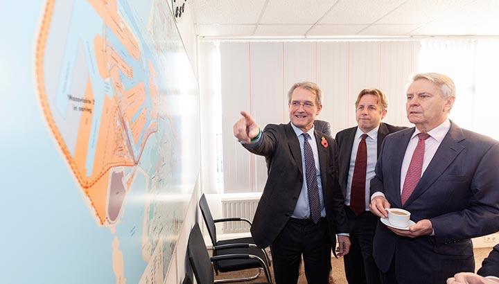 Britse parlementsleden bezoeken Eurofrigo in kader van de Brexit