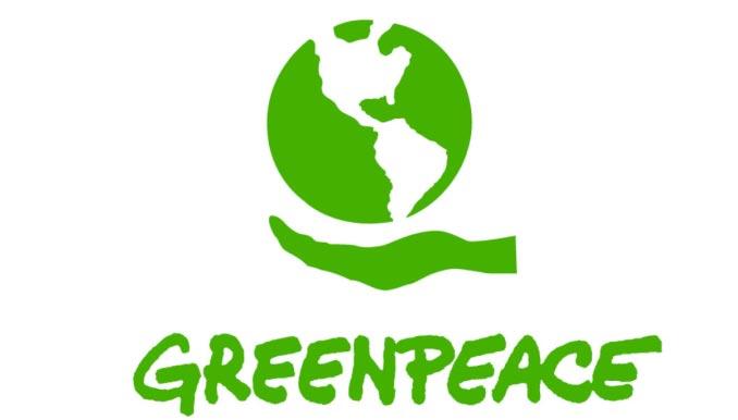 Kapitein zet Greenpeace-activisten vast op vrachtschip