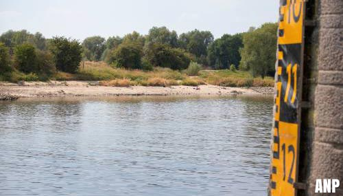 Brandstoftekort door lage waterstand Rijn