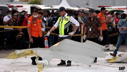 Zoektocht neergestort toestel Lion Air drie dagen verlengd