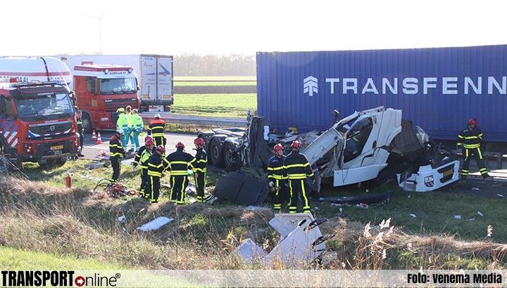 Vrachtwagenchauffeur overleden bij ernstig ongeval met twee vrachtwagens op A4 [+foto]