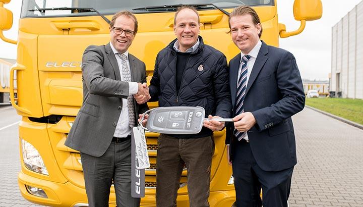 Jumbo breidt wagenpark uit met volledig elektrische vrachtwagen