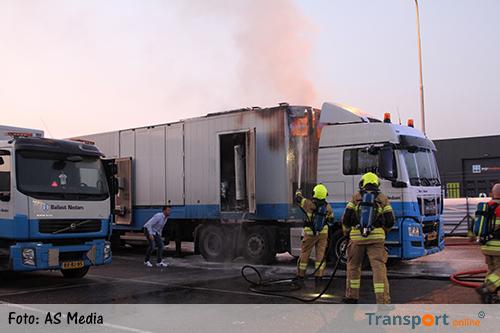Brand in vrachtwagen [+foto]