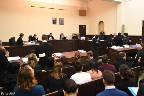 Belgisch OM eist twintig jaar tegen terreurverdachte Salah Abdeslam