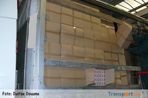 Duitse douane vindt 2,5 miljoen smokkelsigaretten en 14 ton smokkeltabak in twee Oost-Europese vrachtwagens