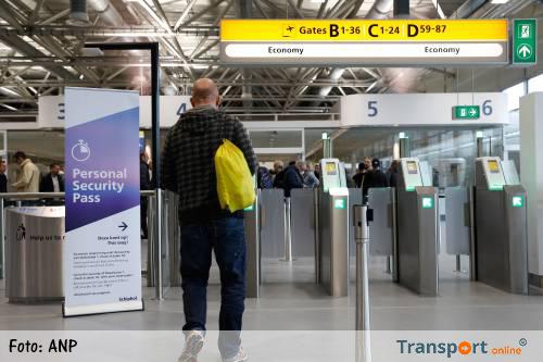 Vliegtuigbazen klagen over strengere controles