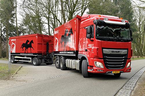 Achttien nieuwe DAF-trucks voor CNC/AMCO