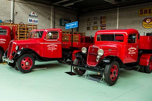 220 oude Fords Den Hartogh Museum vandaag onder de hamer in Hillegom