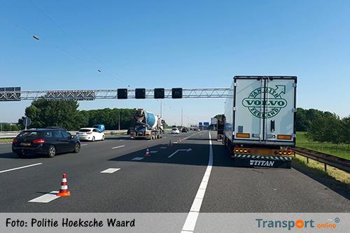 Voertuigen rijden lek op A29 door object op rijbaan [+foto's]