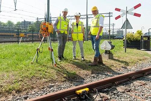 BAM Infra introduceert veiligheidssysteem voor veilig werken aan het spoor