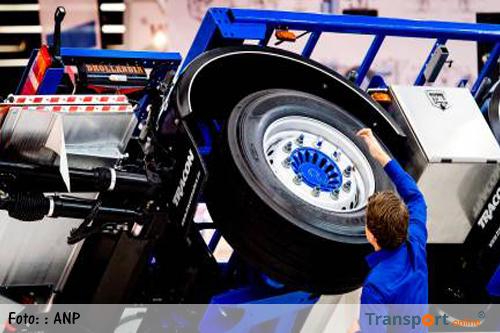 Nieuw meetsysteem A16 moet bandenpech vrachtwagens voorkomen