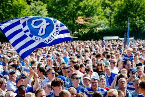 Duizenden fans huldigen De Graafschap