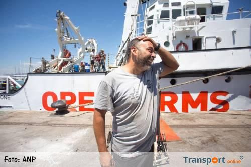 Eerste migrantenboot aangekomen in Valencia