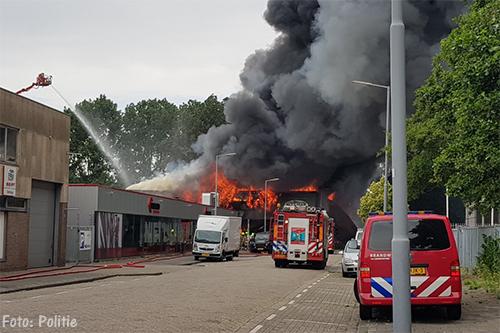 Gewonden door explosie en brand in Rotterdam [+foto's]