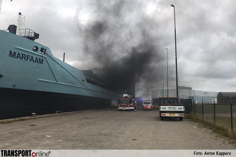 Brand op het schip de Marfaam in Harlingen [+foto]