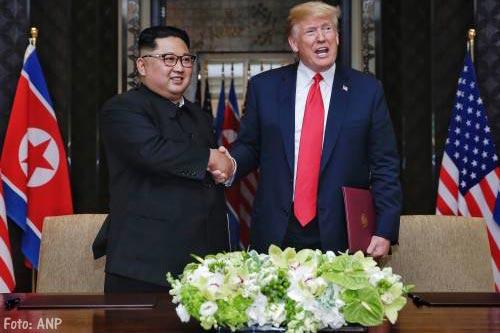 Trump deelt 'aardig briefje' Kim Jong-un