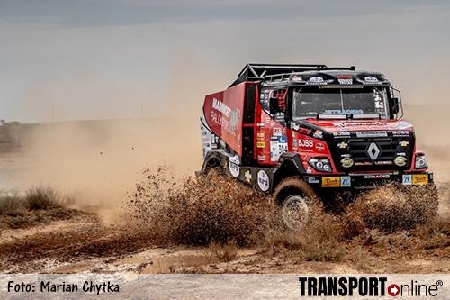 Martin van den Brink tweede in drijfnatte en ingekorte derde etappe Silk Way Rally