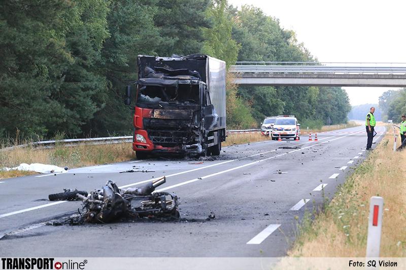 Motorrijder komt om het leven op N279 na aanrijding met vrachtwagen [+foto]