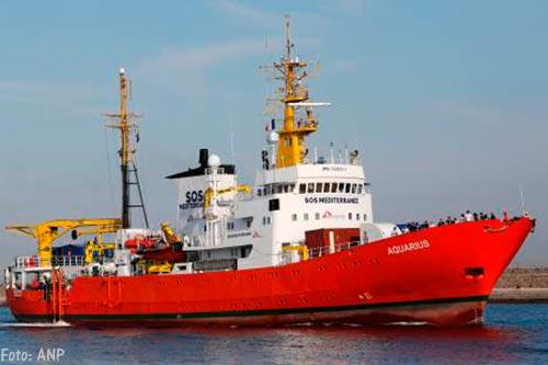 Reddingsschip Aquarius vaart weer uit