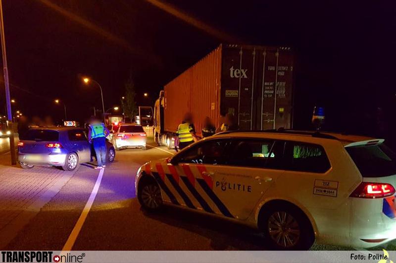 Politie haalt gestolen vrachtwagen van de weg
