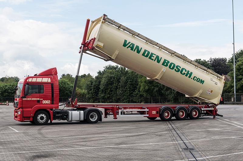 Overname Broekema Bulk werpt vruchten af voor Van den Bosch Transporten