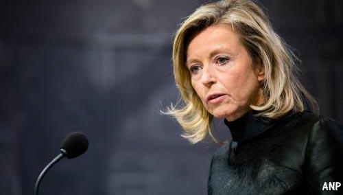 Ollongren trekt grens bij nepnieuwsoverleg EU