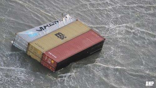 Dertigtal containers van 'MSC Zoe' teruggevonden op Wadden