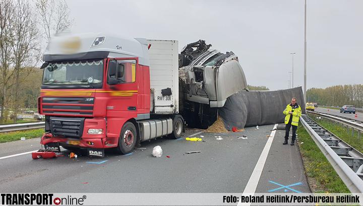 Dode en gewonden bij ernstig ongeval op A73 [+foto]