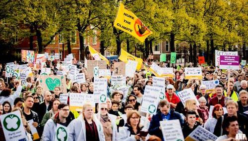 Greenpeace plant 'protestival' op Schiphol
