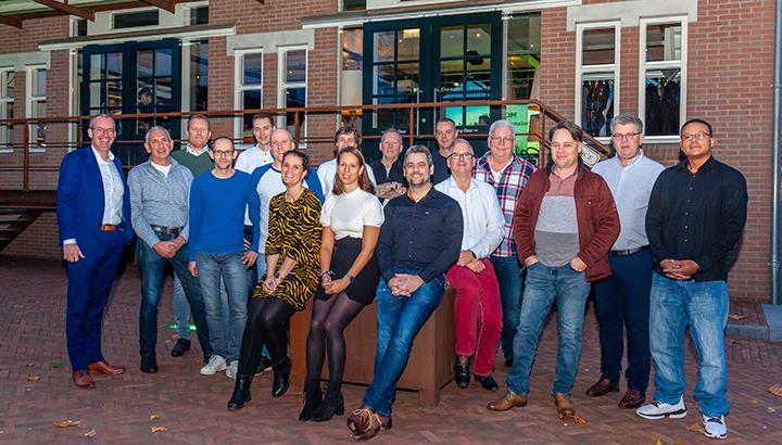 Van den Bosch Transporten huldigt jubilarissen tijdens feestavond
