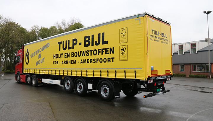 Nieuwe tautliner voor Tulp-Bijl Hout- en Bouwstoffen in Ede