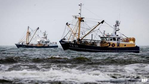 Zoeken naar opvarenden viskotter UK165 gaat zondag verder