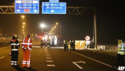 Derde dode door verkeersongeval op A59 bij Rosmalen