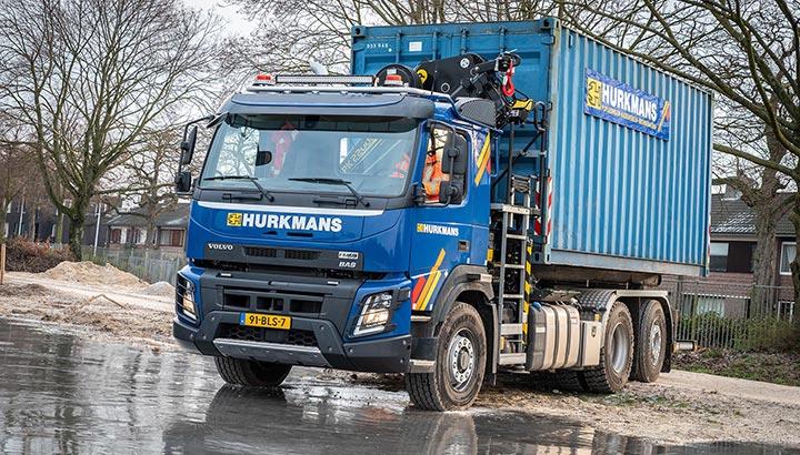 Aannemersbedrijf M. Hurkmans & Zn. Bv. kiest voor veelzijdige Volvo FMX 6x2 met X-Track