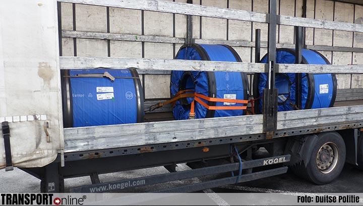 Duitse politie haalt Slowaakse 'tijdbom' van de weg [+foto's]