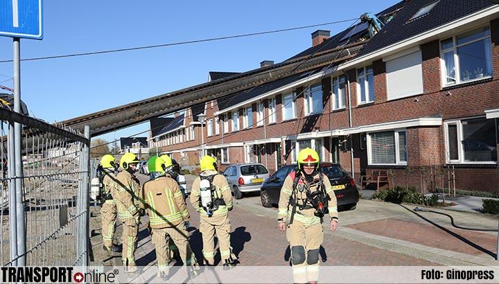Heikraan valt op woning in Vlaardingen [+foto]
