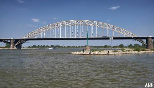 Renovatie Waalbrug begin maart van start