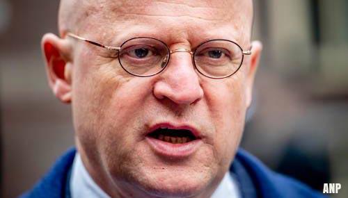 Grapperhaus: 'Kabinet legt maandag volle verantwoordelijkheid af'
