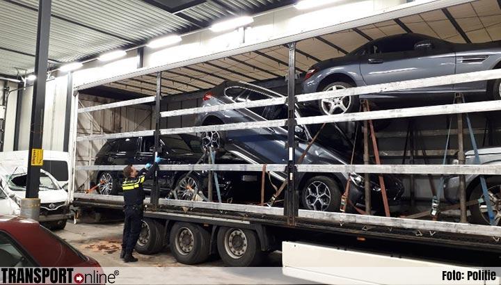 Politie vindt vier gestolen voertuigen in Poolse oplegger [+foto]