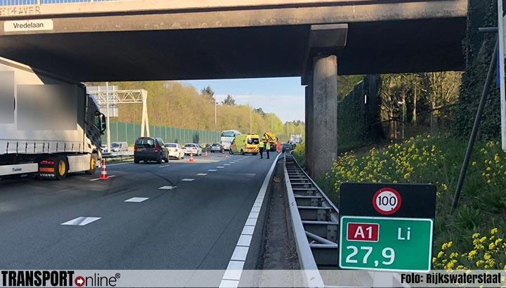 Ongeluk met vrachtwagen op A1 [+foto's]