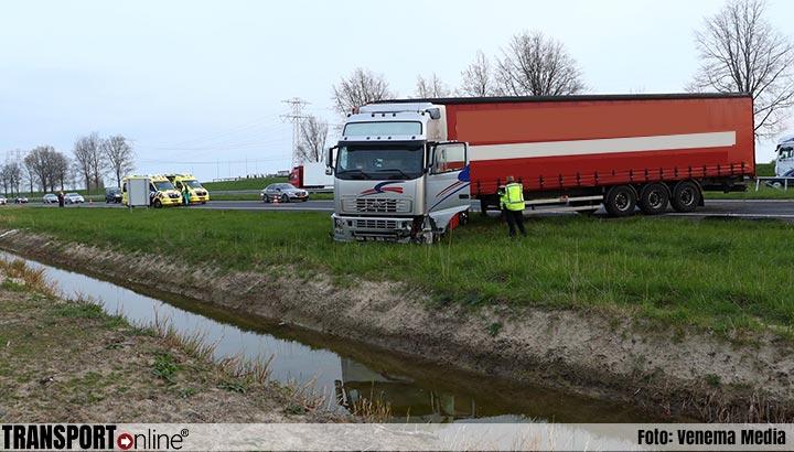 Vrachtwagen van de weg langs A58 [+foto]