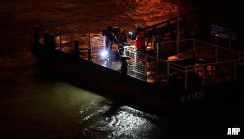 Geen hoop op overlevenden na kapseizen rondvaartboot op de Donau