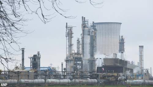 Gewonden door lekke olieleiding op Chemelot