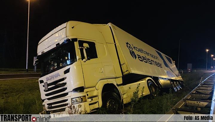 Vrachtwagen van de weg in Haps [+foto]